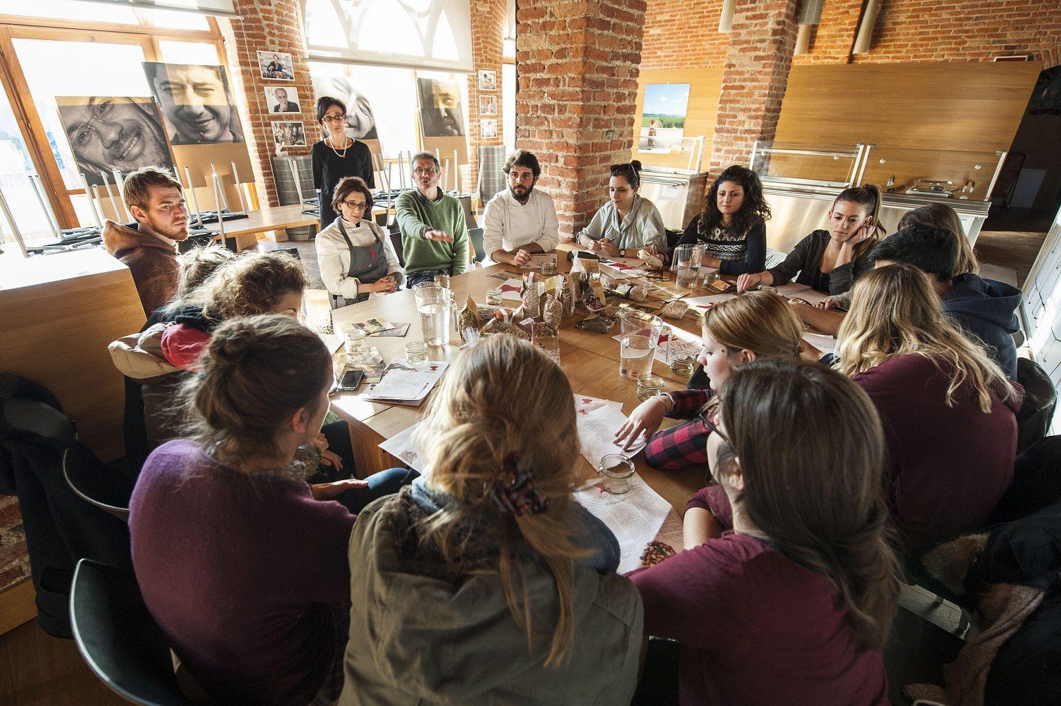 cultura_alimentare_per_i_giovani_con_l_università_del_gusto